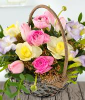 7727 - Spring Flower Basket