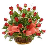 3654 - Red Roses Basket